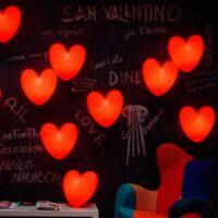 Candeeiro de mesa Love Wall Candeeiro de parede vermelho Slide Stefano Giovannoni 1