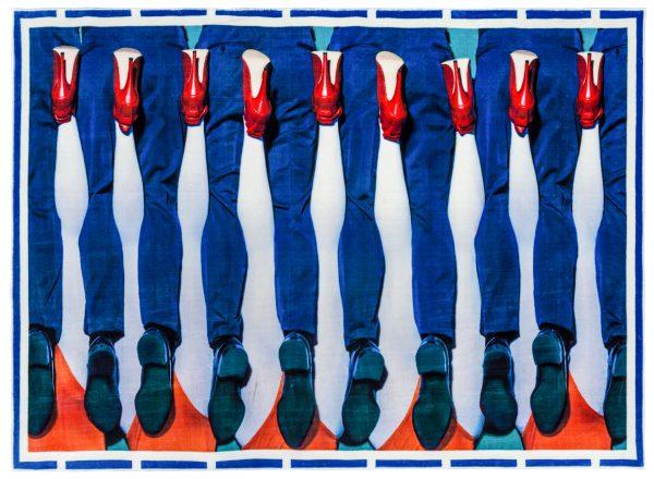 Toilettenpapier Teppich - Beine - 194 x 280 cm Mehrfarbig Seletti Maurizio Cattelan | Pierpaolo Ferrari