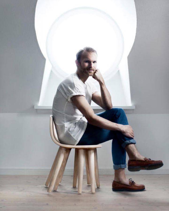 The-Sepii-Chair