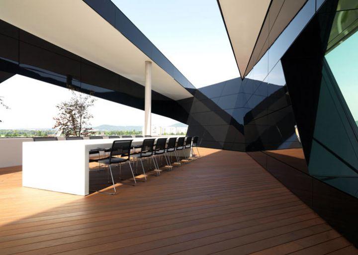Μαύρος Πάνθηρας--από-GSArchitects-φωτογραφία-Gerald-Liebminger-Yatzer-9
