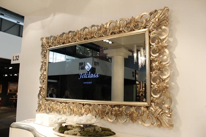 Capri_frame_with_mirror_TV_001