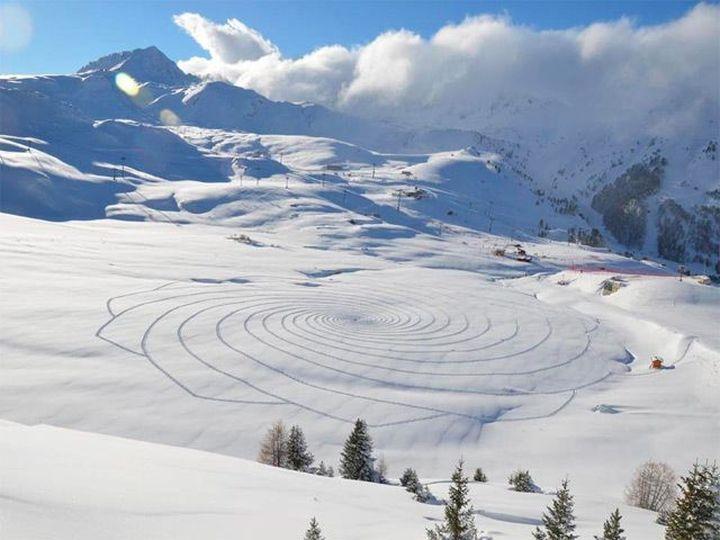 Snow-art-από-Simon-beck3