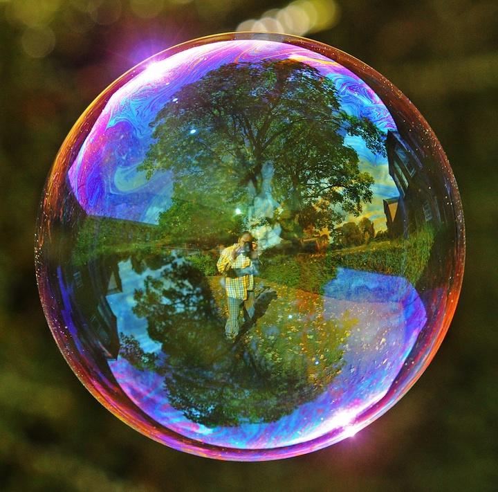 Richard Heeksl magiques Réflexions sur Soap Bubbles-12