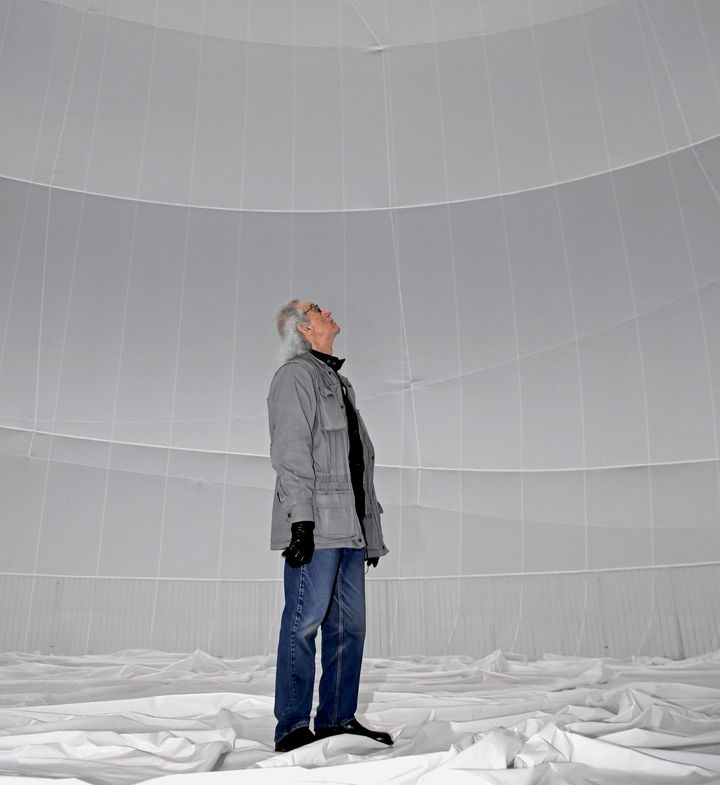 big air christo jeanne-claude package 006