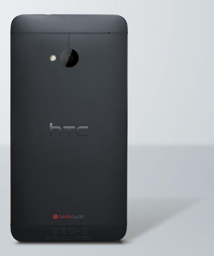 HTC One preto Back Photo HiRGB