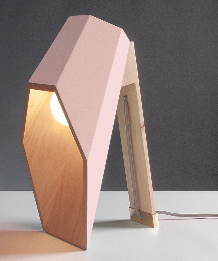 Alessandro Zambelli λάμπα woodspot Κοινωνικής Σχεδιασμός Magazine-05