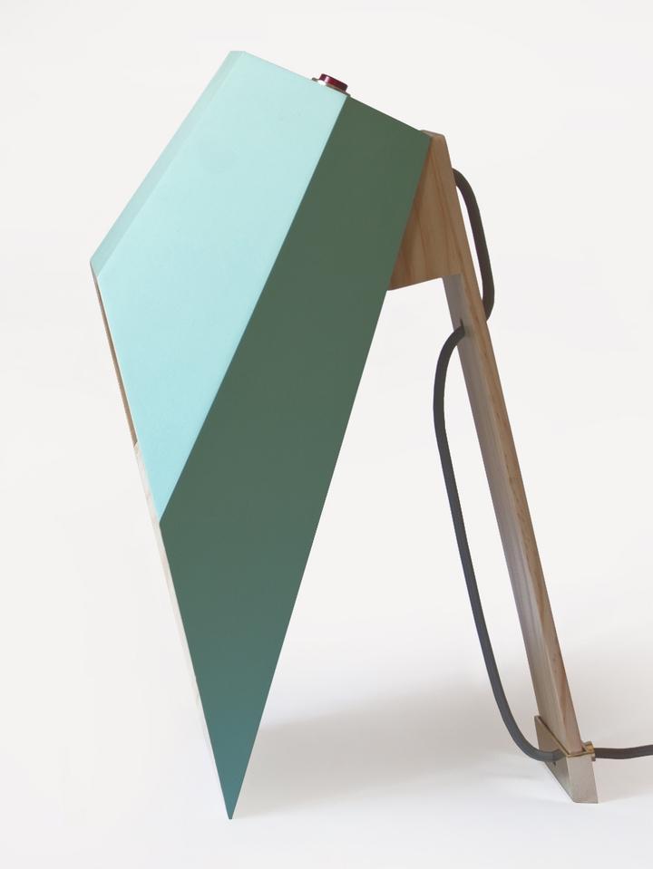 Alessandro Zambelli λάμπα woodspot Κοινωνικής Σχεδιασμός Magazine-08