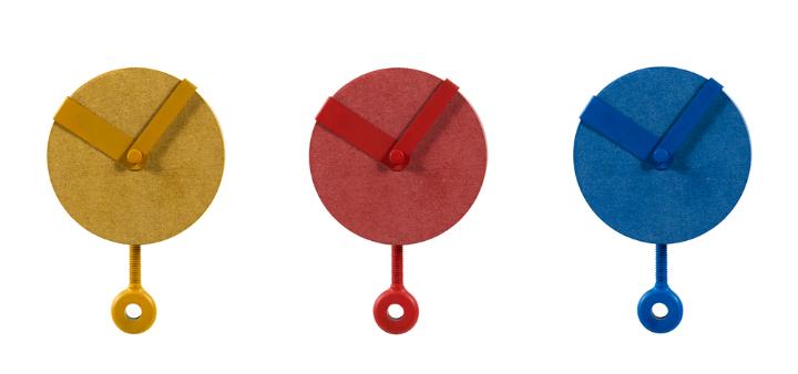 Sovrappensiero Design Studio Uhr Clip Social Design Magazin 1