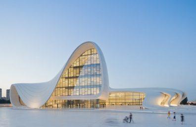 Heydar Aliyev-Center Zaha Hadid Social Design Magazin-01
