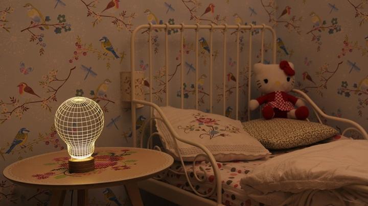 Bulbing 3d table lamp Design Magazine Social-07