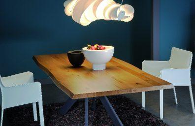 Samoa table by Varo social Design Magazine