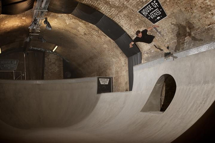 house of vans indoor skatepark-11