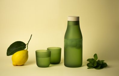 Gela, Goro, bottle and glass, internoitaliano