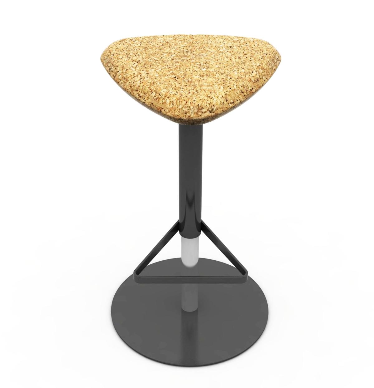 Pick Domitalia stool, sitting in Cork, monopod
