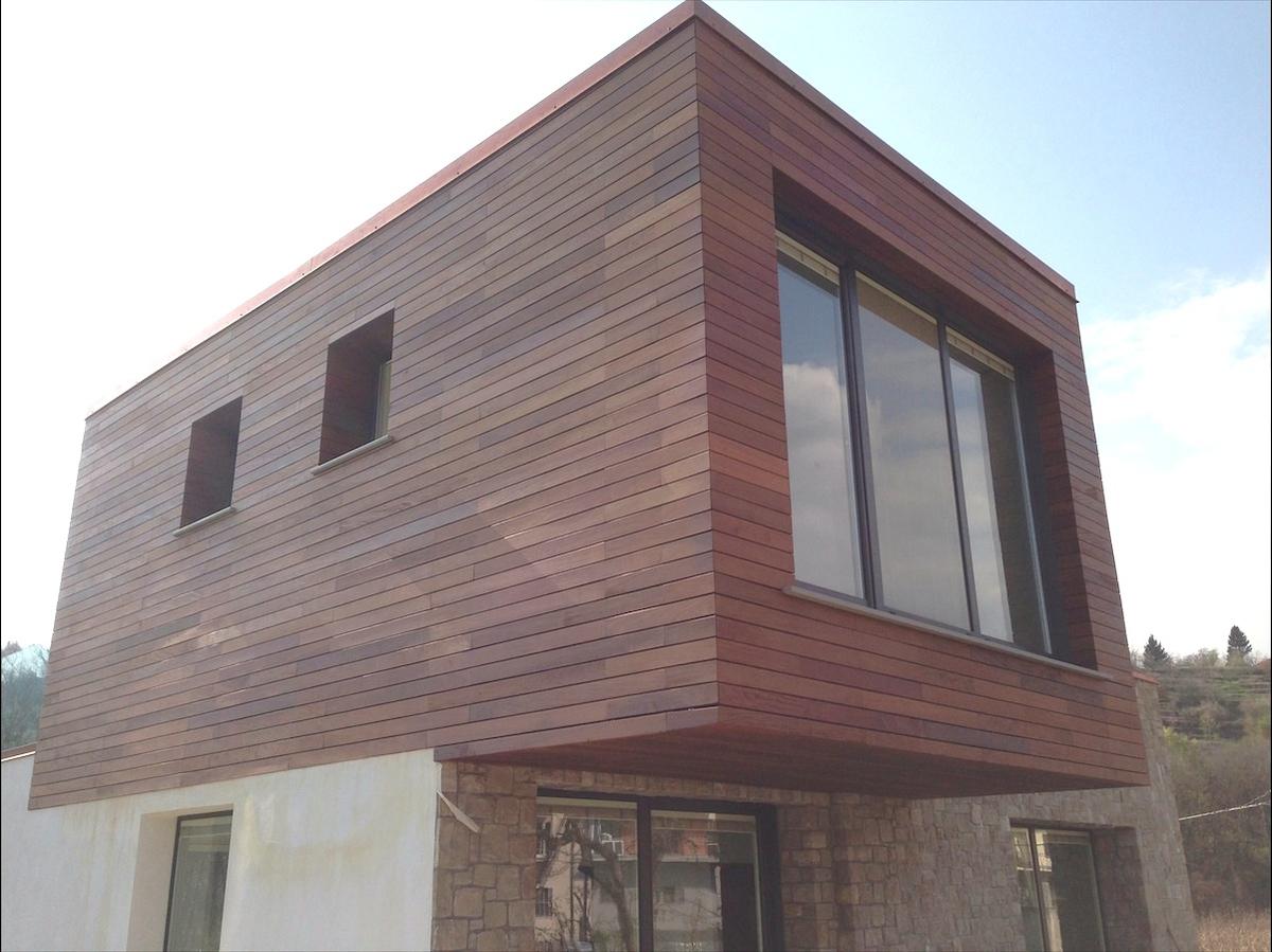 Deco Ipe Lapacho private residence in Bergamo