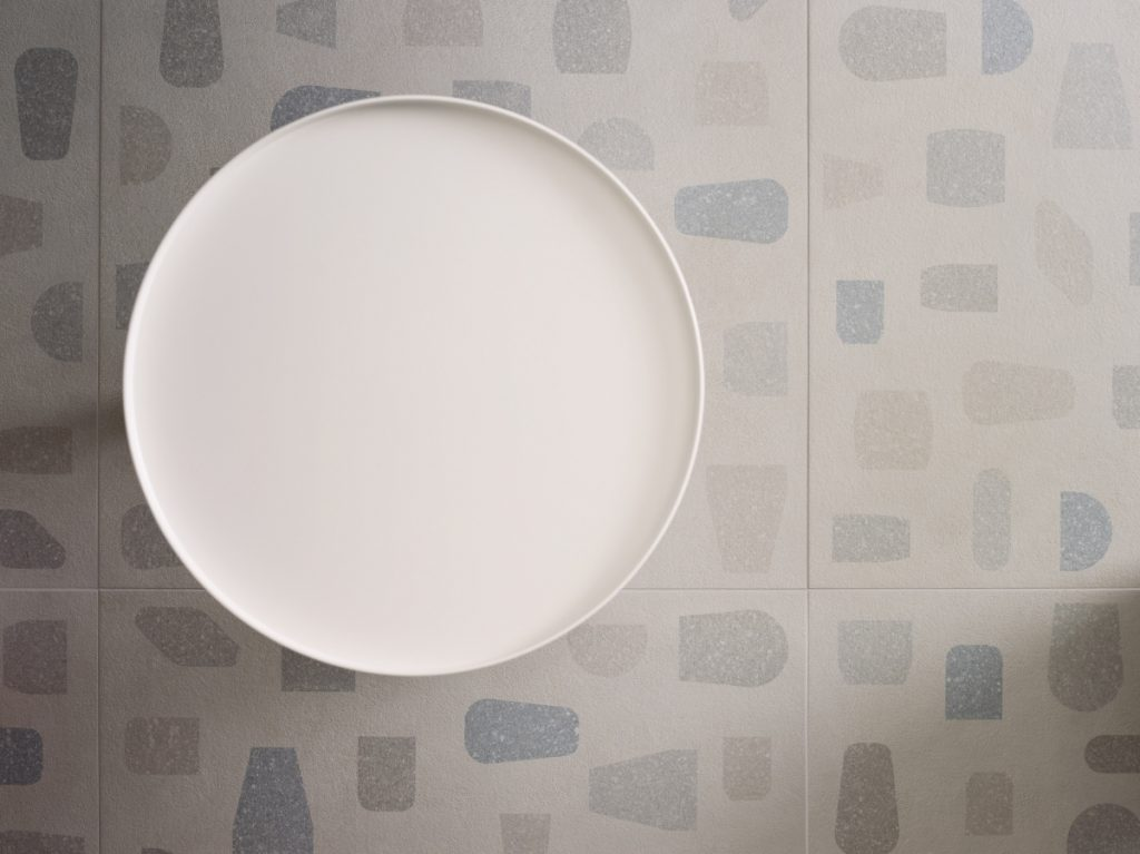 セラミックスpiemmeの断片ピエールのcharpin樹脂によって雲の形の装飾60x60cm